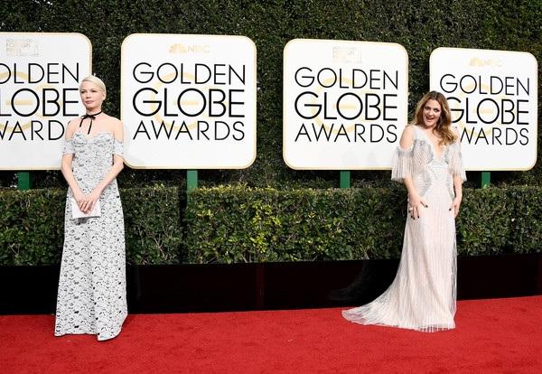 Michelle Williams và Drew Barrymore xuất hiện cùng thời điểm trên thảm đỏ