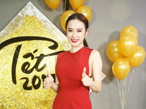 Là nữ nghệ sĩ trẻ thường xuyên vướng phải scandal, nữ diễn viên Angela Phương Trinh cho biết thị phi là điều mà các nghệ sĩ không tránh khỏi.