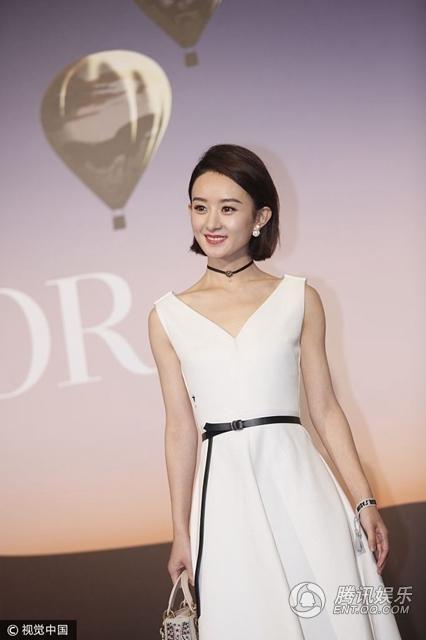 Triệu Lệ Dĩnh cũng là một cái tên trẻ của làng giải trí Hoa ngữ rất được yêu thích tại châu Á.