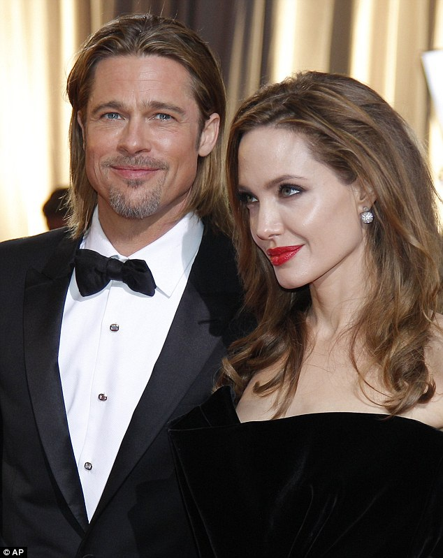 Angelina Jolie và Brad Pitt đã có 12 năm bên nhau trước khi quyết định chia tay.