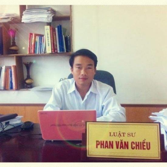 Luật sư Phan Chiều, Phó văn phòng Luật An Phát, thuộc Đoàn Luật sư tỉnh Hà Tĩnh.