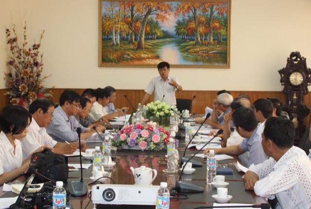 Để đi đến thống nhất việc sửa chữa 5 con tàu trên, sở NN&PTNT đã triệu tập cuộc họp giữa các bên có liên quan.