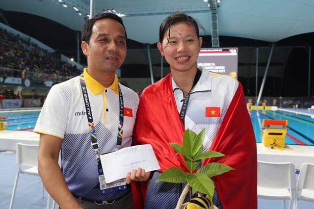 Ánh Viên chơi xuất sắc tại SEA Games 29 với 8 HCV, 2 HCB