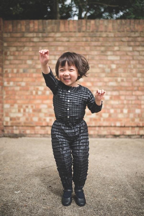 Quần áo thông minh giúp trẻ mặc hoài không chật - 6