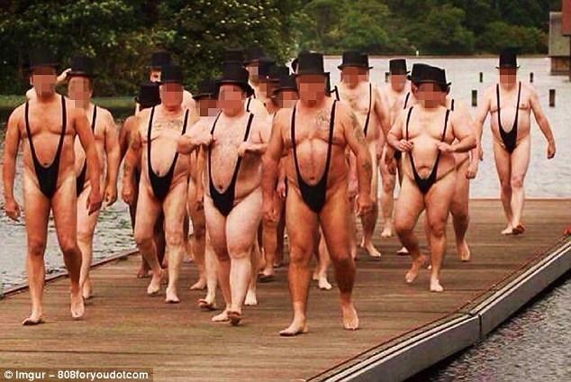 Trang phục tắm kỳ dị của các quý ông.