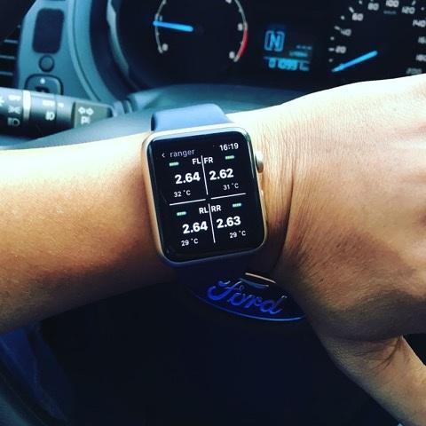 Cảm biến áp suất lốp Fobo Tire hiển thị trên smart watch