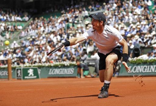 Murray chọn lối chơi phòng thủ bền bỉ tỉ cuối sân, anh ít khi chơi tấn công