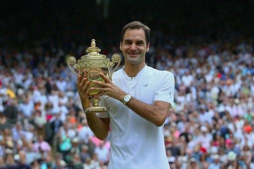 Chiếc cúp vô địch lần thứ tám sau 11 lần vào chung kết của Federer