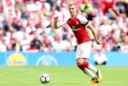 Rob Holding, trung vệ của Arsenal thi đấu đủ trận tranh Siêu cúp Anh