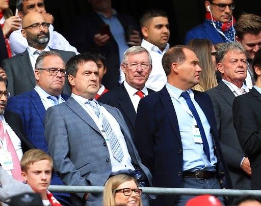 Cựu HLV Alex Ferguson tới xem đội bóng cũ thi đấu