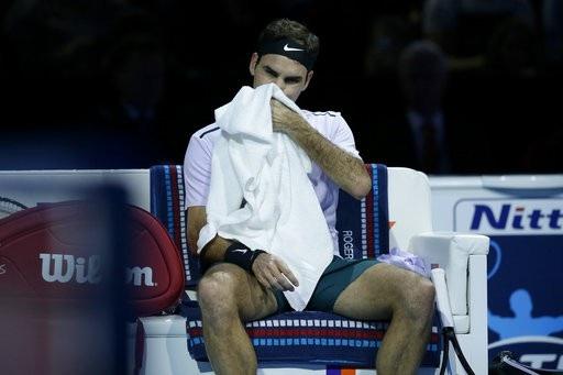 Federer tắt mộng vô địch ATP Finals