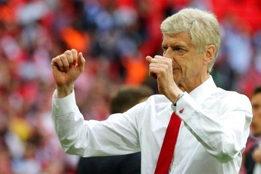 Wenger đã trút bỏ được lo âu, phấp phỏng khi đội bóng chắp vá của ông đã đánh bại Chelsea, đội bóng đương kim vô địch Premier League