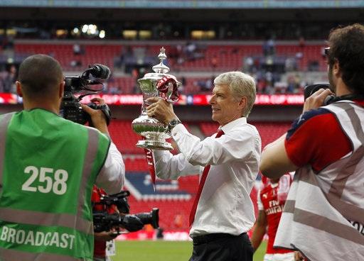 Trái ngược với Chelsea, Arsenal đã quẩy tưng bừng với chiến thắng ở FA Cup