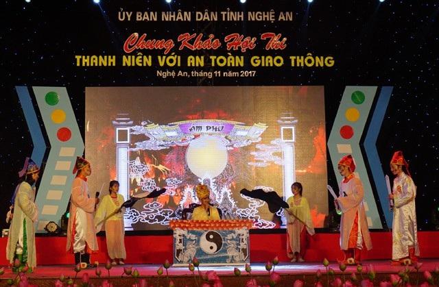 Tiểu phẩm Nỗi lo của Diêm Vương của Đội thi Huyện Nghi Lộc đề cập đến tình trạng gia tăng người thiệt mạng do tai nạn giao thông ở Việt Nam