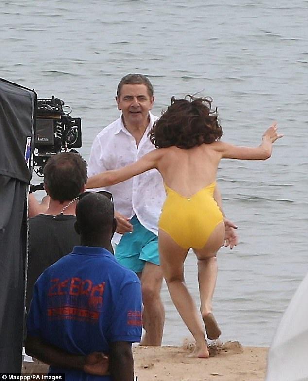 Olga Kurylenko là Bind girl trong phần phim thứ 22 về Điệp viên 007 ra mắt cách đây 9 năm