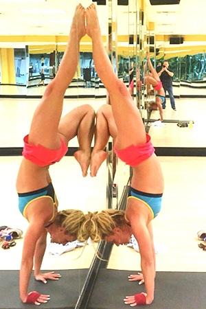 Yoga giúp Britney giữ vóc dáng thon thả và khỏe mạnh