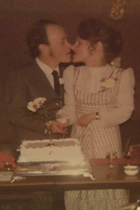 Bà Anne và ông Ian kết hôn năm 1977