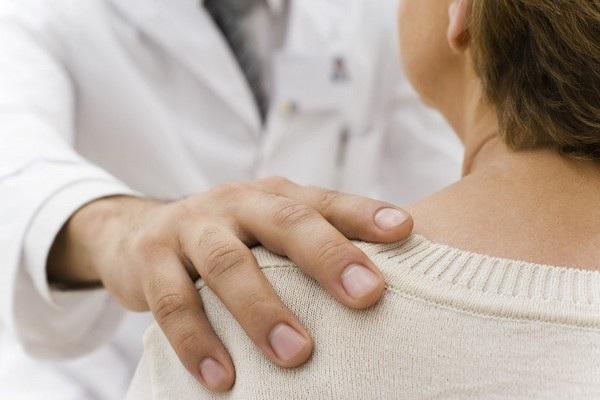 Bác sĩ đã buộc bệnh nhân quan hệ với mình vì nói rằng đó là một phần trong lộ trình điều trị bệnh và nữ bệnh nhân đã tin theo