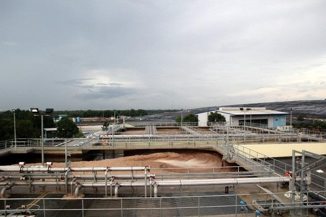 Bãi rác Đa Phước, huyện Bính Chánh (lớn nhất TPHCM) chủ yếu sử dụng công nghệ chôn lấp