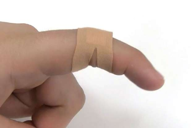 Mẹo sử dụng miếng dán vết thương đúng cách - 3