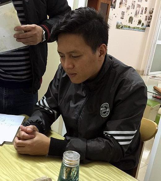 Trần Hoài Nam tại cơ quan công an.