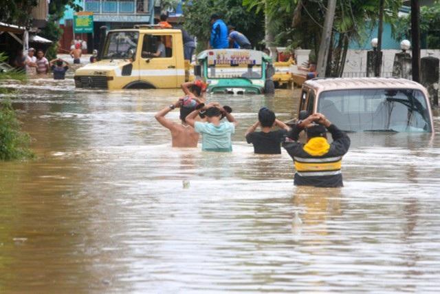 Hơn 200 người chết vì bão Tembin tại Philippines - 1