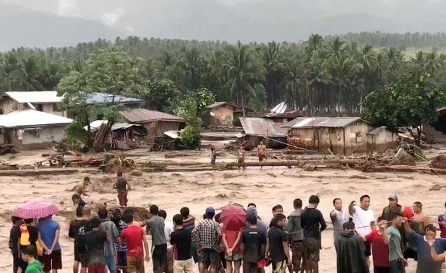 Hơn 200 người chết vì bão Tembin tại Philippines - 7