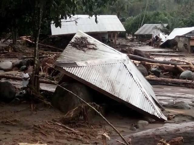 Hơn 200 người chết vì bão Tembin tại Philippines - 10