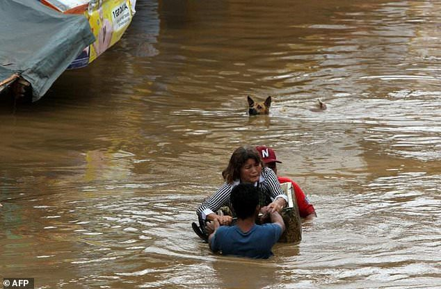 Hơn 200 người chết vì bão Tembin tại Philippines - 14