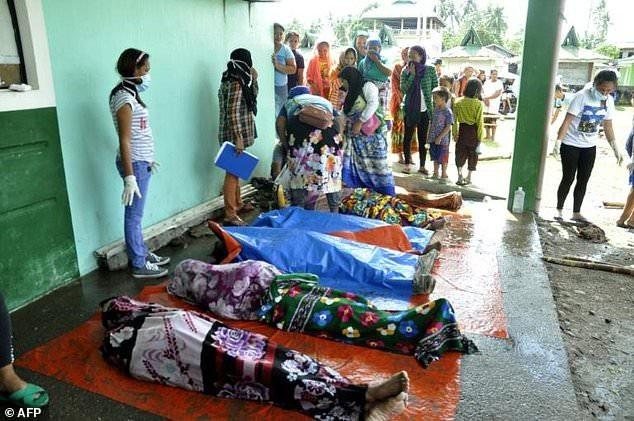 Hơn 200 người chết vì bão Tembin tại Philippines - 15