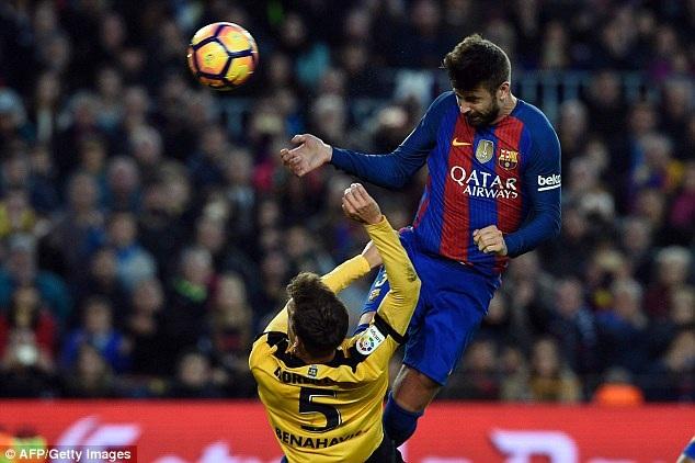 Barcelona bế tắc trước Malaga ở lượt đi
