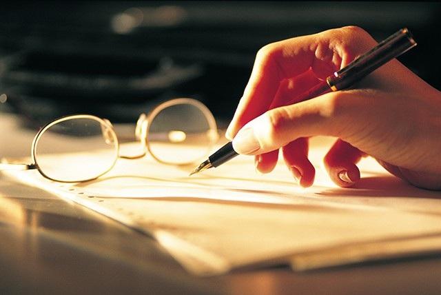 Bộ Công Thương lấy ý kiến nhân dân về đề nghị xét tặng Huân chương Độc Lập, Huân chương Lao động cho 3 cá nhân. (Nguồn: moit)