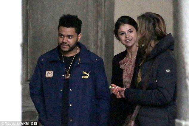 The Weeknd mới chia tay bạn gái - siêu mẫu Bella Hadid hồi tháng 11 năm ngoái