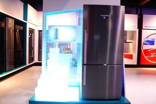 Chiếc tủ lạnh lớn nhất của Beko có công nghệ FreshGuard để cảnh báo người dùng về mức độ tươi ngon của thực phẩm thông qua điện thoại.