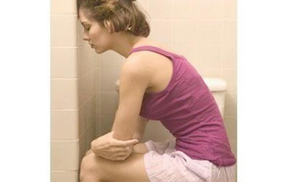 Bệnh trĩ gây ra nhiều rắc rối, đau đớn cho người bệnh trong sinh hoạt hàng ngày.