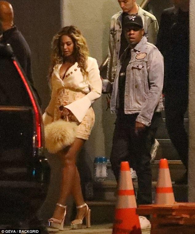 Beyonce mới sinh đôi nhưng đã nhanh chóng lấy lại phom dáng hoàn hảo và quyến rũ