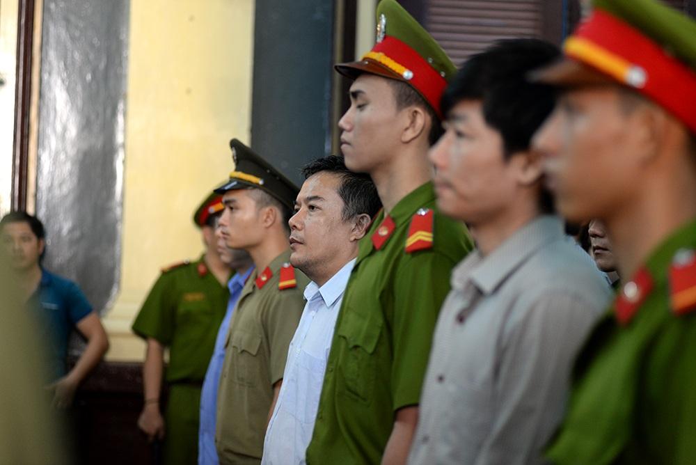 """Đại án VNCB: Nhóm giám đốc """"bù nhìn"""" sập bẫy anh em Phạm Công Danh? - 1"""