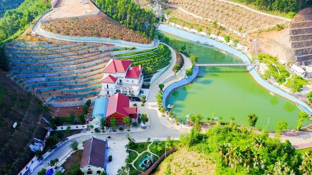Khu dinh thự rộng hơn 13.000m2 của gia đình ông Phạm Sỹ Quý (Ảnh: Toàn Vũ).