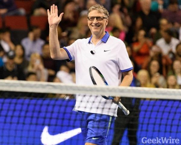 """Được thi đấu cùng Roger Federer là """"giấc mơ thành hiện thực"""" của Bill Gates"""