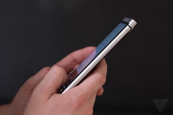 Smartphone BlackBerry đầu tiên do Trung Quốc phát triển chính thức trình làng - 5