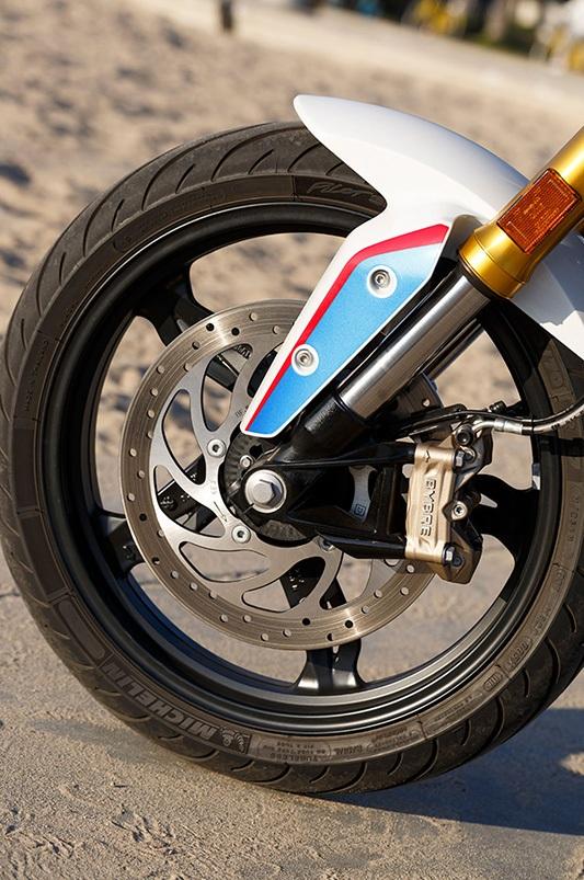 Mẫu môtô BMW rẻ nhất bắt đầu chinh phục thị trường Mỹ - 4