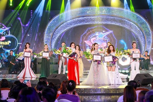 Bốn giọng hát nổi bật được đi tiếp vào đêm chung kết xếp hạng ngày 7/10 tới.