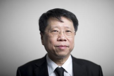 Bộ trưởng Giáo dục thứ 20 của Thái Lan Teerakiat Jareonsettasin lấy Việt Nam ra làm gương khi nói về cải cách giáo dục (Ảnh: Brent Lewin/Bloomberg)