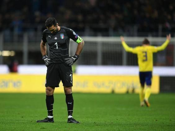 Buffon đã có cái kết buồn ở ĐTQG