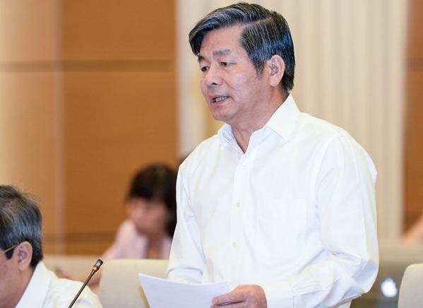 Bộ trưởng KH-ĐT nhiệm kỳ trước Bùi Quang Vinh cho rằng có nguyên nhân Bộ chưa dám đề cập trong báo cáo mà đó là lý do khiến các địa phương lúng túng trong việc giải ngân vốn đầu tư công.