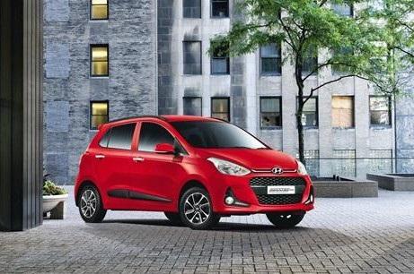 Sau 3 năm nhập khẩu nguyên chiếc từ Ấn Độ, Hyundai đã lắp ráp Grand i10 tại Việt Nam, với phiên bản đầu tiên ra mắt vào tháng 7/2017.