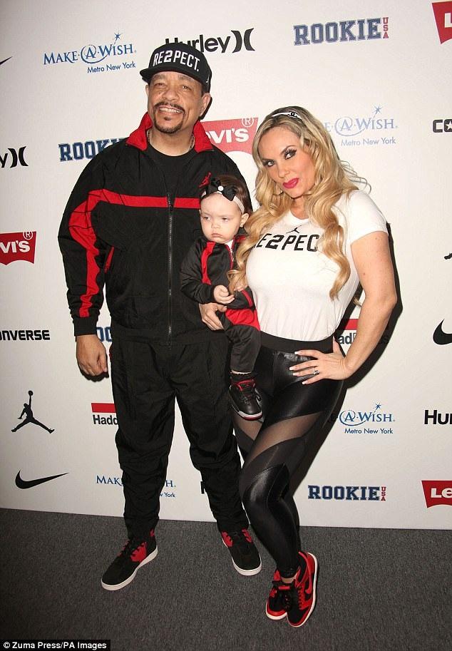 Cặp đôi kết hôn từ năm 2002 và đã có với nhau 1 bé gái 2 tuổi tên là Chanel.