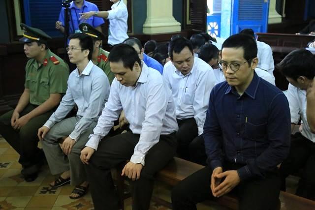 Các bị cáo nguyên là lãnh đạo VCNB tại phiên toà phúc thẩm.