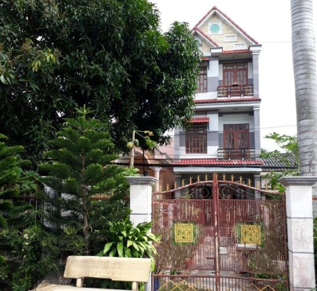 Căn nhà của bà Quyết mua sau khi bị tố giựt hụi của người dân.