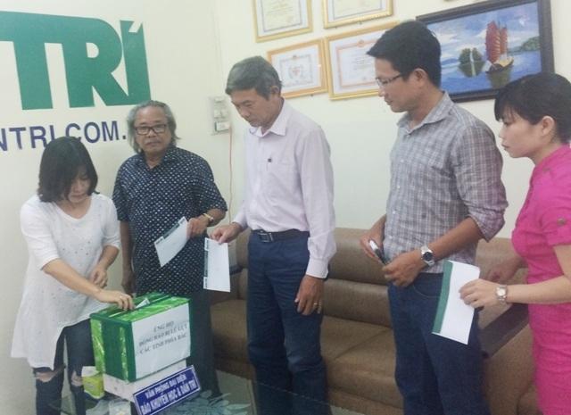 Cán bộ, phóng viên, nhân viên Văn phòng báo Dân trí tại Cần Thơ ủng hộ đồng bào vùng lũ phía Bắc
